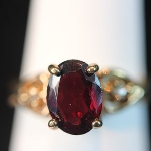 Gold Ring, Amethyst Oval Stone